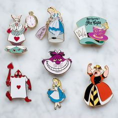 Alice in wonderland disney cute pin badge enameled (official pin trading) https://www.instagram.com/ebpins/