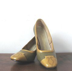 Wish these were a size bigger... Olive & Mustard Shoes Vintage 60s Leather by ultravioletvintage, $38.00