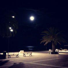 """@cli92's photo: """"Guarda che luna, guarda che mare..."""""""