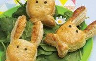 Cette recette est idéale pour les petits. Découvrez nos lapins feuilletés au Kiri et au jambon pour un plat original !
