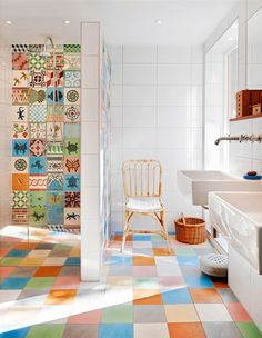 Check Out 25 Impressive Multi Colored Tile Bathroom Design Ideas. We got used to bathrooms with tiles in one colors or maybe two – but what about a multi-colored bathroom? Bathroom Tile Designs, Diy Bathroom Decor, Bathroom Colors, Colorful Bathroom, Bathroom Ideas, Restroom Decoration, Bathroom Wall, Shiplap Bathroom, Restroom Design