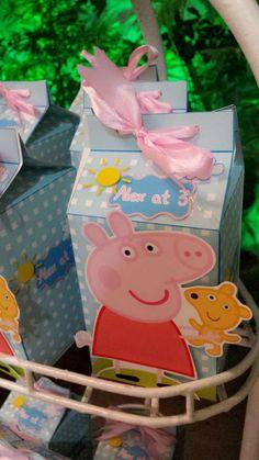 Cute Peppa Pig favor boxes