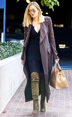Khloe Kardashian from The Big Picture: Today's Hot Pics  The reality star runs an errand in Encino, Calif. early Monday morning.