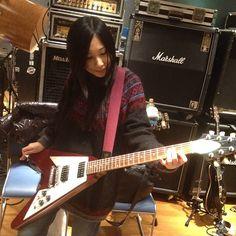 ギタリスト黒猫登場! I am a guitarist! #陰陽座#onmyouza