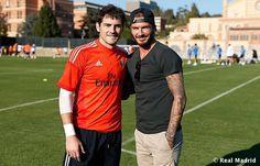 Una con Casillas el Mejor portero \ The best GoalKeeper and the best midfielder. Goalkeeper, David Beckham, Real Madrid, Champion, Polo Ralph Lauren, High Heels, Football, Sports, Mens Tops