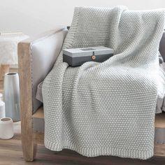 Plaid grigio lavorato a maglia 125 x 150 cm ADRANO