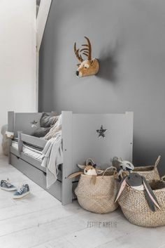 Interieur & kids | Rust en eenheid creëren in de kinderkamer - Woonblog StijlvolStyling.com via @deuxpardeuxKIDS