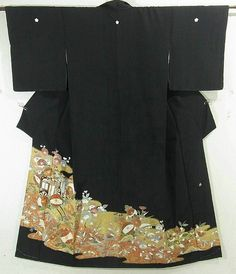 This is an elegant Kurotomesode Kimono with a design of royal cart, oshidori (mandarin duck)and seasonal flowers on hazy mist, which is dyed