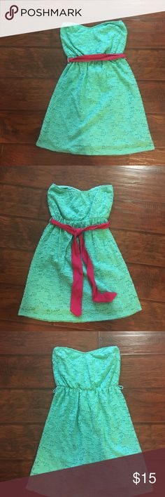 Lace everly dress Adorable lace strapless everly dress. Size small. Can be worn with or without pink sash. Lace is stretchy and soft! 27 inches long. Perfect for Easter or other spring event Everly Dresses