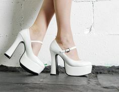 Vintage 90s White VINYL Patent Leather Shiny Club by HelloSidney, $76.00