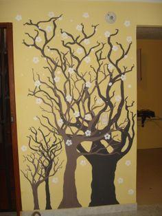 Detalles de  arboles pintados de vinilo.