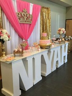 Sweet 16 birthday decorations princess party is gorgeous see more ideas at. Princess Theme, Baby Shower Princess, Princess Birthday, Girl Birthday, Birthday Table, Princess Sweet 16, Birthday Crowns, Princess Sophia, Disney Princess