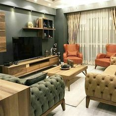 Modern stilin hakimiyetinde, şık ve zarif olduğu gibi samimi ve rahat da bir .Under the dominance of the modern style, we are a guest in a friendly and comfortable house as well as elegant and elegant. Wooden furniture creates a. Living Room Designs, Living Room Decor, Sofa Design, Interior Design, Diy Sofa Table, Minimalist Living, My New Room, Sofa Set, House Design