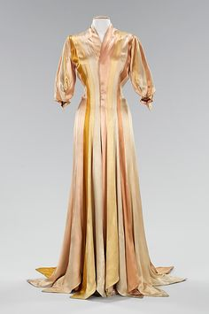 Silk Dressing Gown. Charles James. 1944