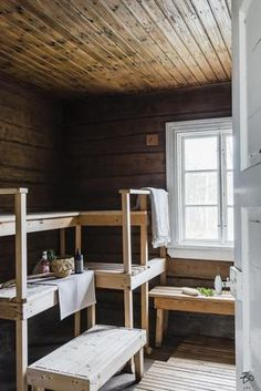 Spa Rooms, House Rooms, Scandinavian Saunas, Sauna Shower, Sauna House, Sauna Design, Outdoor Sauna, Finnish Sauna, Cottage Interiors