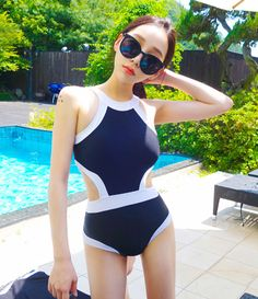 Korea sexy backless conjoined swimsuit - Thumbnail 1