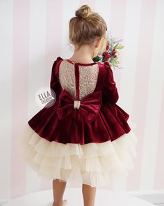 No photo description available. Baby Girl Party Dresses, Little Girl Dresses, Flower Girl Dresses, Little Girl Fashion, Kids Fashion, Kids Ethnic Wear, Kids Dress Wear, Baby Dress Patterns, Girl Outfits