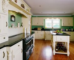 Painted Kitchen - Vermont, Painted Ivory
