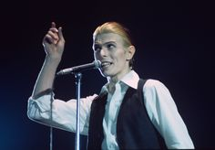 Blackstar is set to be the late singer's tenth chart-topping album.