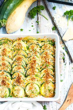 Get the best Summer Squash recipes here. These Yellow Squash recipes are healthy, tasty and perfect for summer bbq party or picnic or camping. Zucchini Squash Casserole, Yellow Squash Casserole, Summer Squash Casserole, Veggie Recipes, Cooking Recipes, Healthy Recipes, Healthy Foods, Parmesan Recipes, Healthy Sides