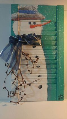 Snowman snowman painted on a shutter home decor hand painted acrylic adorable - All About Decoration Snowman Christmas Decorations, Christmas Wood Crafts, Snowman Crafts, Primitive Christmas, Christmas Snowman, Christmas Projects, Holiday Crafts, Primitive Snowmen, Primitive Crafts