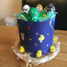 Star Wars Easter bonnet 2016 Easter Hat Parade, Easter Bonnets, Spring Hats, Easter Crafts, Projects To Try, Star Wars, Cap, School, Funny