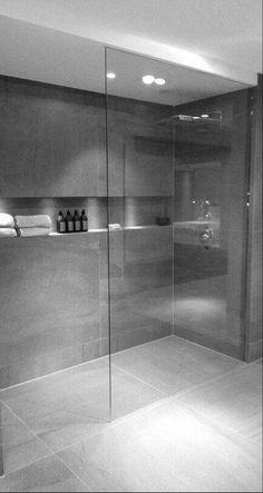 Modern Bathroom Ideas With Minimalist Decor 28 Inspirational Walk in Shower Tile Ideas for a Joyful Showering bathroomideas bathroomdesign bathroomdecor bathroomremodel bathroom ShowerTilesIdeas WalkInShower modernbathroom 733312751807977980 Shower Niche, Glass Shower, Walk In Shower, Shower Rooms, Bath Shower, Shower Floor, Bathroom Vanities For Sale, Teak Bathroom, Bathroom Ideas