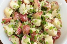 Baby Red Potato Salad recipe - This potato salad is absolutely delicious, especially if you're not a fan of traditional potato salad loaded with mayonnaise. #memorialday