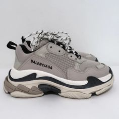 Taupe, Beige, Grey, Air Max Sneakers, Sneakers Nike, Pink Turquoise, Balenciaga, Nike Air Max, Outfits