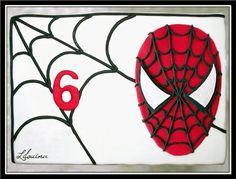 // Coucou ! Je ne vous avais pas expliqué comment faire le gâteau d'anniversaire spiderman. Je vais donc vous révéler ma façon de...