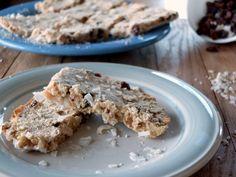 Applesauce Raisin Breakfast Bars (AIP) | Cook It Up Paleo