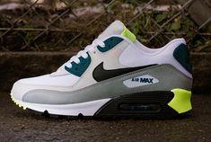 Nike Air Max 90 – Grey / Volt – Blue