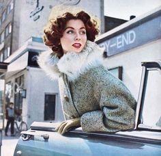 Suzy Parker 1954