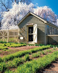Chicken Coop- I like this idea for a lattice fence wall 4 the front wall... LETS SUN IN 4 BUNBUNS!