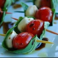 Caprese Kebobs- yummy!!! These would be great to serve at a BBQ!