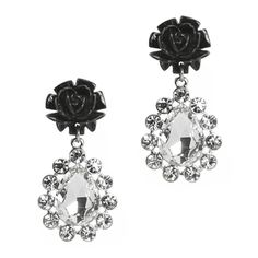 Looking for something a little classy and a tad sexy? Check out the Lulu Earrings before they sell out tonight!!