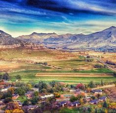 Clarens in Free State Landscape Paintings, Landscapes, Free State, My Land, Rest Of The World, Countries Of The World, South Africa, Beautiful Places, Scenery