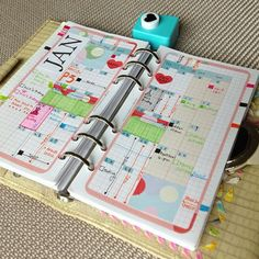 Printable PERSONAL Refills Inserts 9-IN-1 set Filofax - Amazing Life Theme by DIYfish. highlight weekends