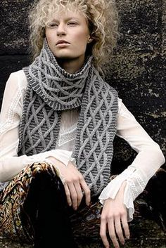 Free and Quick and Modern Crochet Scarf Pattern for 2020 Part 13 ; knitting scarves for beginners; Rowan Knitting, Knitting Blogs, Free Knitting, Crochet Scarves, Knit Crochet, Knitting Scarves, Easy Crochet, Knit Shawls, Beginner Knit Scarf