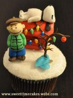 Peanuts Christmas Cupcake
