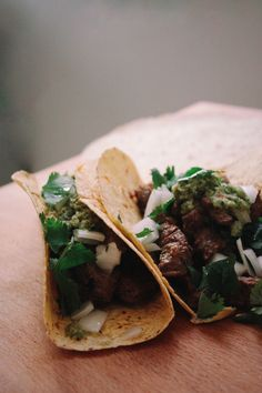 Classic Carne Asada Tacos Recipe - Grilled skirt steak marinated in Mexican adobo seasoning and served with a fresh, homemade salsa verde. - By Corinne Cuozzo, Brooklyn Munch