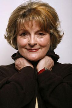 BRENDA BLETHYN: Met filming an episode of 'Between the Sheets' at Leeds Corn Exchange. A wonderful lady. SO nice, so very, very nice. PART: Boutique customer