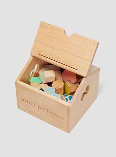 Bloques de madera de Mina Perhonen