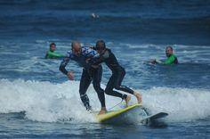 """""""Max Surf:  Es el plan ideal para el verano.  Aprenderás idiomas en Asturias haciendo Surf.     Max Surf:  Es el plan ideal para el verano.  Aprenderás idiomas en Asturias haciendo Surf.     #WeLoveBS #inglés #anglès #idiomas #Colonias  #Colonies #Campamento #Camp #Niños #Verano #english #Deporte #sports #Surf #olas"""