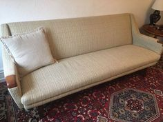 3.800 kr. - Sofa, stof, 3 pers. , Retro sofa, Sælger denne flotte og charmerende retro sofa af dansk design. Er en 3 personer sofa, med teak negle og teak ben. Farven er