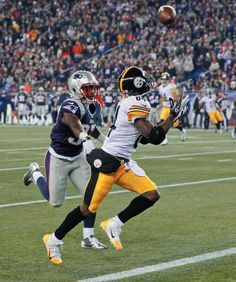02b82a65635b2 Pittsburgh Steelers wide receiver Antonio Brown Pittsburgh Steelers,  Steelers Football, Football Pics, Football