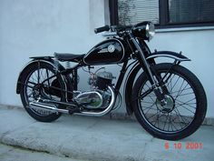 Vintage Cycles, Vintage Looks, Cars And Motorcycles, Cycling, Bike, Vehicles, Wood, Bicycle, Biking
