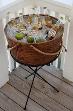 This is the perfect beverage stand (Nantucket Style) to host a party with your friends and family. It's never too late to celebrate a Patriots win with an outdoor BBQ with some delicious Chili-dogs and some Corona Light. Drink Bucket, Beer Bucket, Mexican Party, Mexican Beer, Corona Beer, Festa Party, Partys, Party Entertainment, Wood Pallet Furniture