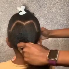Girl Hairstyles 767019380271602762 - A quick and easy natural hairstyle for girls Source by Little Girls Natural Hairstyles, Black Kids Hairstyles, Kids Braided Hairstyles, Hairstyles Videos, Natural Quick Hairstyles, Hairstyles For Toddlers, Black Kids Braids Hairstyles, Mixed Baby Hairstyles, Afro Hairstyles