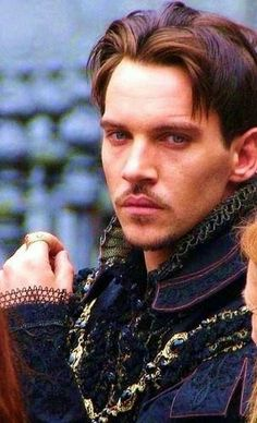 Jonathan Rhys Meyers in The Tudors Beautiful Boys, Pretty Boys, Jonathan Rhys Meyers, Natalia Vodianova, England, Famous Faces, Celebrity Crush, Movie Stars, How To Look Better